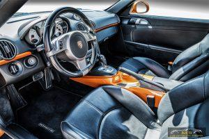 Car Detailing, דיטיילינג, נקיון פנימי, פורשה קיימן
